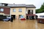 法国遭洪水肆虐 房屋被淹街区一片汪洋