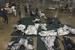 美墨边境移民儿童与父母分离 铁丝笼里睡地铺