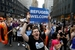 美国民众游行示威 抗议特朗普移民政策