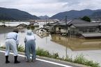 日本罕见暴雨已致逾80人死亡