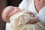 路易小王子接受洗礼 威廉王子一家人集体亮相