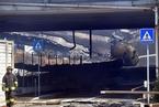 意大利机场附近一油罐车爆炸 已致2死60多人伤