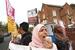 英前外长将穆斯林女性比作邮筒 拒不道歉引抗议