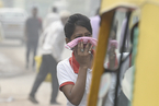 印度首都遭雾霾笼罩 空气污染严重
