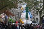 梅西百货感恩节大游行即将上演 超萌玩偶气球亮相