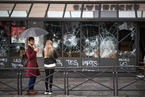 法国爆发新一轮抗议活动 示威恐扩散至邻国