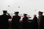 伊朗举行阅兵式 庆祝建军节