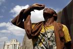 也门霍乱蔓延 民众接种免疫疫苗