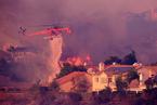 美国南加州山火蔓延 已烧毁至少25所住宅