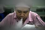 中国电子烟制造业发达 产品多销往海外市场