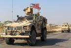 """美军撤离叙利亚 当地民众用土豆砸军车""""送行"""""""