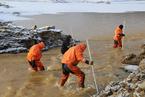 俄罗斯水坝垮塌事故后 应急救援工作持续进行