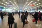 武汉凌晨宣布当日10点交通封城 市民游客连夜出城