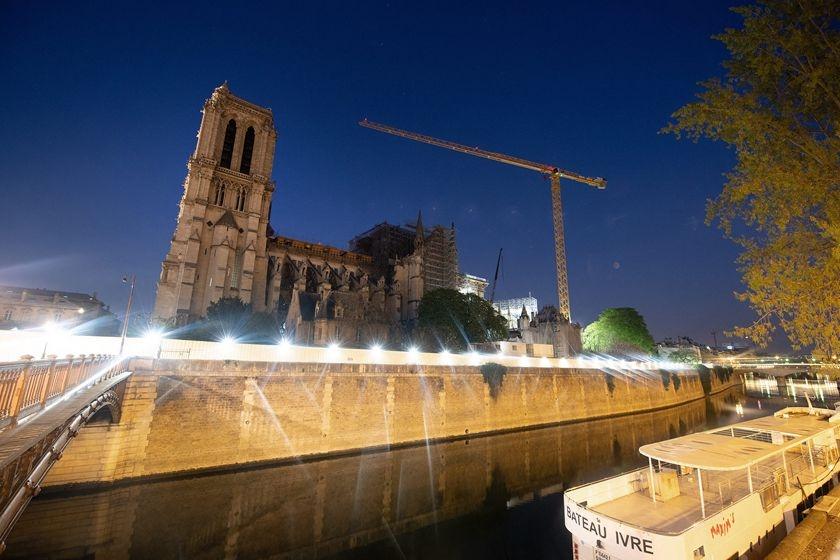 吉林市夜巴黎_巴黎圣母院将举办复活节宗教活动 修复工作已暂停_图片频道_财新网