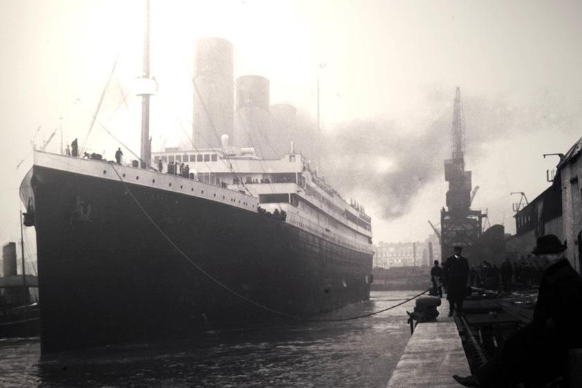 1912年4月10日,泰坦尼克号从英国南安普敦出发,计划抵达美国纽约。 _泰坦尼克百年记忆