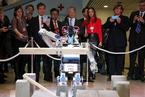 冬季达沃斯论坛开幕 机器人HUBO亮相吸睛