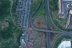 浙江温岭:槽罐车爆炸飞出百余米 民房炸毁只剩框架