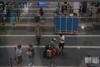 北京重回二级响应 机场冷清航班大面积取消