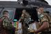 新冠病毒扩散至原住民部族 巴西军队运送防疫物资