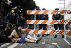 """美国西雅图警方驱散""""自治区"""" 逮捕31名抗议者"""