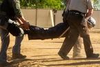 美原住民抗议石油管道建设 警方逮捕百余人