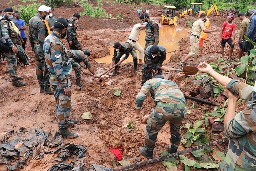 印度西部暴雨灾害已致百余人死亡