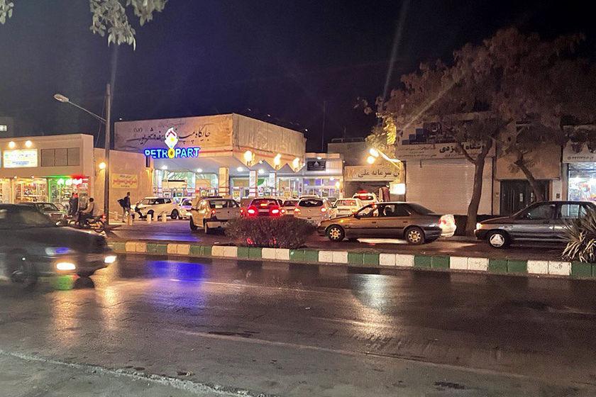 伊朗多地加油站因遭受网络攻击而关闭